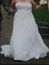 Maggie Sottero mt 46/48, grote cup, vele extra's