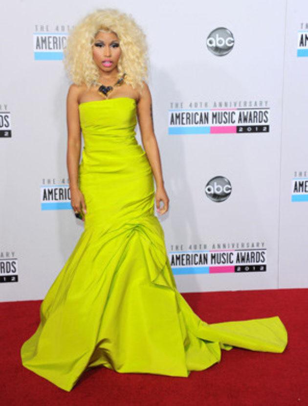 Henna kleedje wereldbekende designermerk Monique Lhuillier – Gedragen door Celebrities