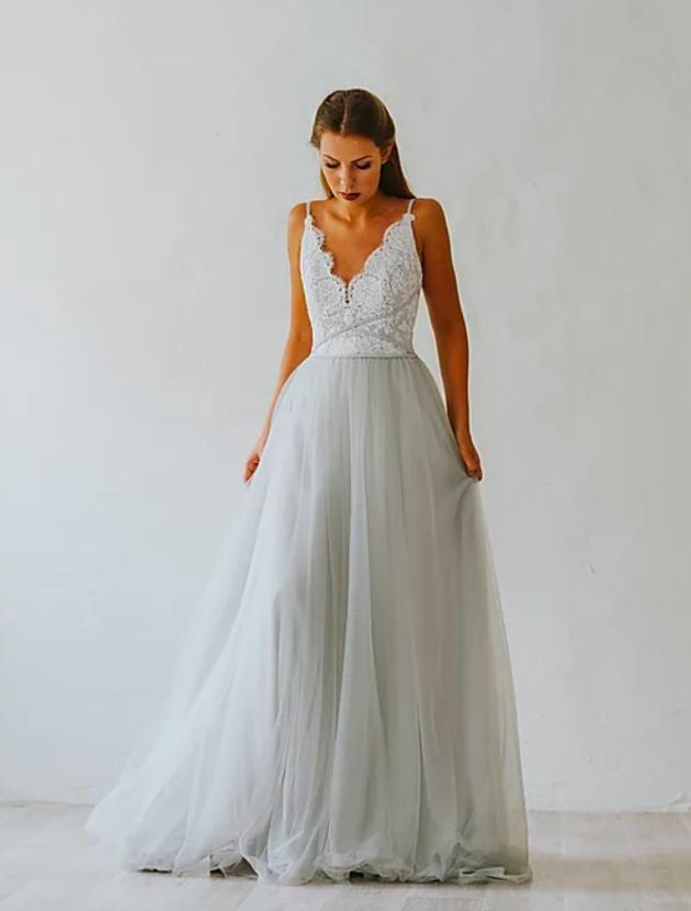 Prachtige trouwjurk van het Zweedse merk Abbywaits (type Celia) in bohemien/vintage stijl