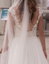 Ivoren tulen jurk van Le Papillon