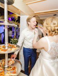 Mooie lange klassieke trouwjurk van Pronovias