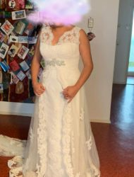 Bijzonder kanten trouwjurk Pronovias A-lijn