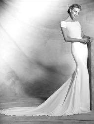Pronovias Valeria stijlvolle trouwjurk met open rug – ongedragen/onvermaakt