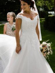 Prachtige Ladybird jurk met off the shoulder mouwtjes