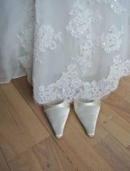 Nieuwe, kanten halter trouwjurk van San Patrick