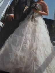 Ian Stuart… plaatje van een bruidsjurk