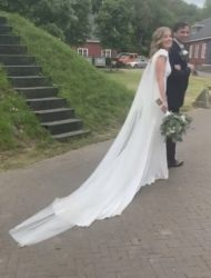 Pronovias Agua inclusief custom-made cape sluier
